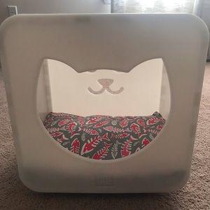 Plastic Cat Bed